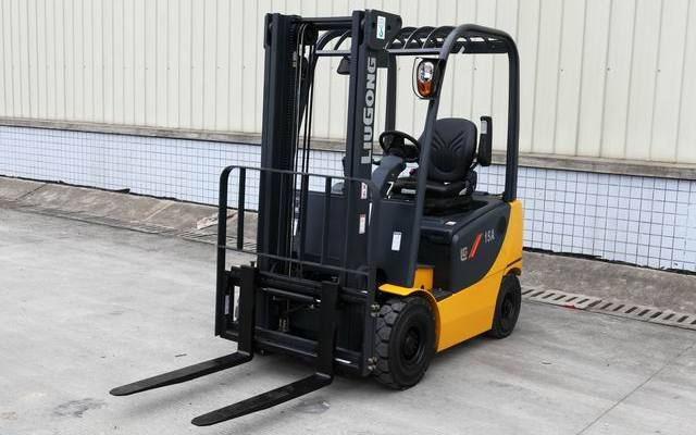 1.5 TON ELECTRIC FORKLIFT – CLG2015A-S*