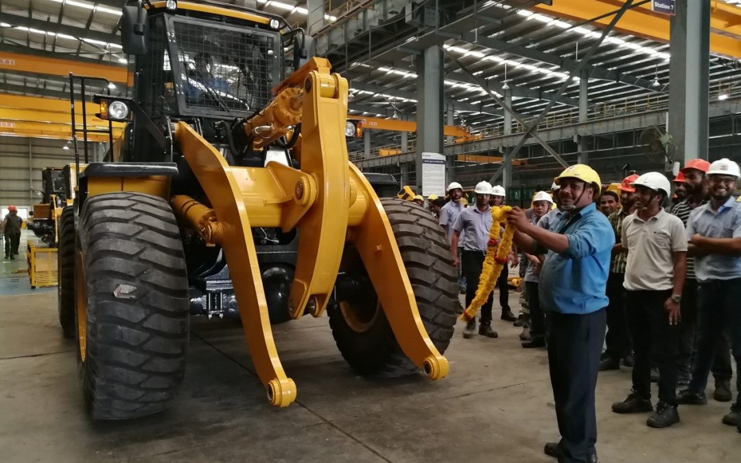 LIUGONG INDIA'S FIRST MASS PRODUCED 856H ROLLED OFF THE PRODUCTION LINE